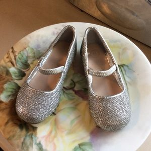 Little girls dress shoes glitter silver size 6